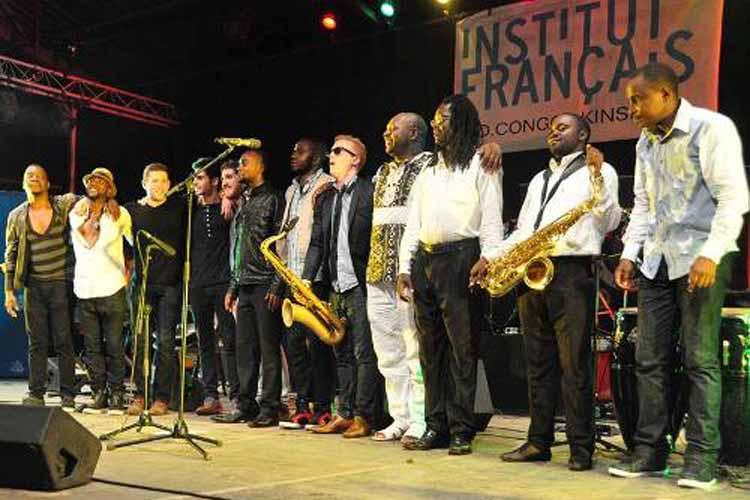 Le dernier concert de Adam Larson Quartet avec le groupe JazzYaKongo au Centre culturel français. (Images du Dept. d'Etat)